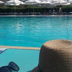 Photo de Dolphin Bay Family Beach Resort