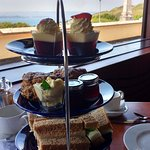 The afternoon tea stand (for two)