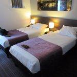 Photo de Hotel Luxer