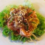 entrée : l'excellente salade de papaye verte