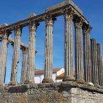 Photo of Templo Romano de Evora (Templo de Diana)