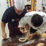hand pulled noodles shanghai- cookinshanghai.com