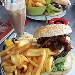 Tamy's-Tam-Tam-Burger