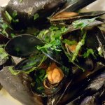 steamed mussels (very good!)