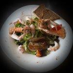Salade langoustine et foie gras vinaigrette framboise