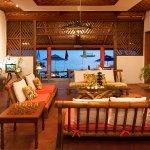Sumisid Lodge Lounge