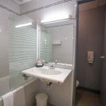 Salle de bain chambre club