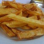 The best fries în Kriopigi. Tasty & naturala, not frozen!