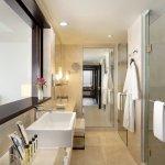 Photo de Hotel Jen Male
