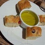 Focaccia offerte - huile d'olive vraiment extra!