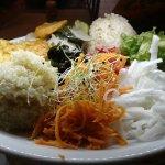 Grand assiette d'été: panisse, légumes frais cuits de saison