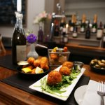 Aperitif Wine & Tapas Bar