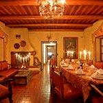 Cena en nuestro restaurante un espacio muy cálido