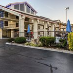 Motel 6 Pigeon Forge - Dollywood Lane