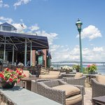 Take advantage of the weather at our outdoor lounge area