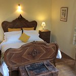 New king size bed in La Maison Perigordine