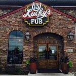 Lucky's 13 Pub