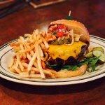 Lucky's California Burger