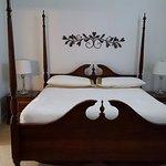 Cabernet King Suite
