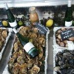 Super bar à  huîtres à  Narbonne plage!! Enfin un endroit où  l'on peut déguster des coquillages