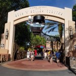 entrance to Rock 'n Roller coaster