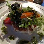 Carpaccio/mousse chèvre et tartare tomate/cabillaud et caviar d'aubergine