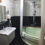 Photo de Bucharest Comfort Suites