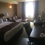 Photo de Ramada Red Deer Hotel and Suites