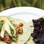 Tacos veganos con tortilla de nopal