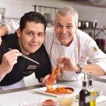 Chef y Propietario Markus Ruegg junto al Chef Ejecutivo Diego Mantilla