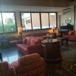 Photo de Pinewood Hotel