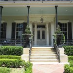 Garden District-Anne Rice House orch with Romeo Spikes on Columns