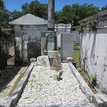 Lafayette Cemetery No. 1-Coping Tomb with Military Service Column