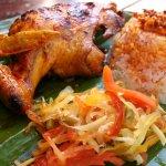 Foto de Island Chicken Inasal