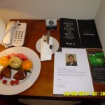 Welcome fruit and letter from the hotel