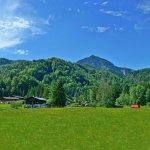 Wohlmuting im Hagertal bei Kirchdorf in Tirol. Blick auf das Hefferthorn am Unterbergmassiv.