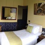 Darwin Apartment twin bedroom