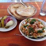 תמונה של ברדיצ׳ב חומוס ומאכלי עדות