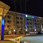Photo de Holiday Inn Express Colton