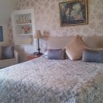 Room 4 Double ensuite with a Super kingsize bed