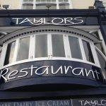 Photo de Taylor's Restaurant