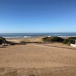 Vista de la parte privada desde la cual se accede a la playa. Sector de juegos externos
