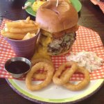 Quadzilla Burger Challenge and i smashed it lol