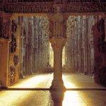 Lumière le matin de Pâques dans la Basilique, explications à la Maison du Visiteur