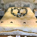The bed with a message...