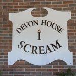 Devon House I Scream signage