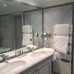 A proper en-suite bath