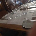 TABLE ELEGANTE