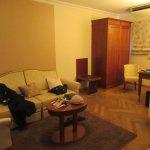 Sitting area room 501