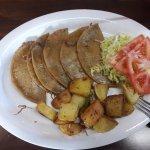 Tacos Dorados, muy buenos!!